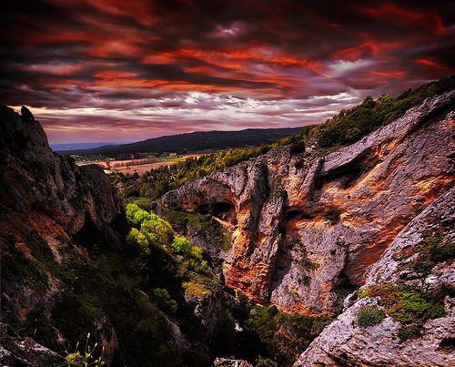 The Precipice (image by Jose Luis Mieza Ramos)